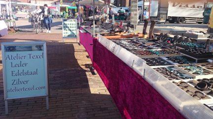 Atelier Texel op de Texelse markt